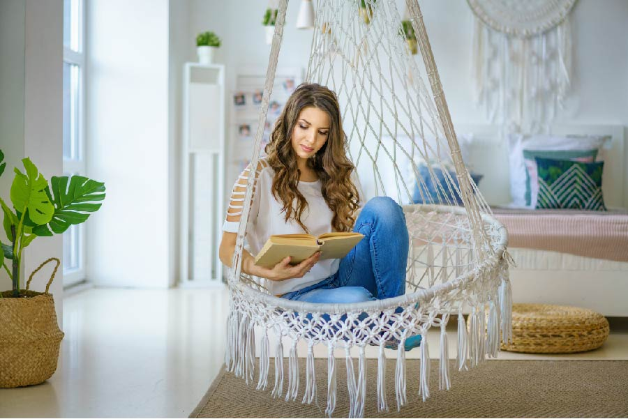 Swing Chair To Give Peppy Young Feeling To Your Living Room