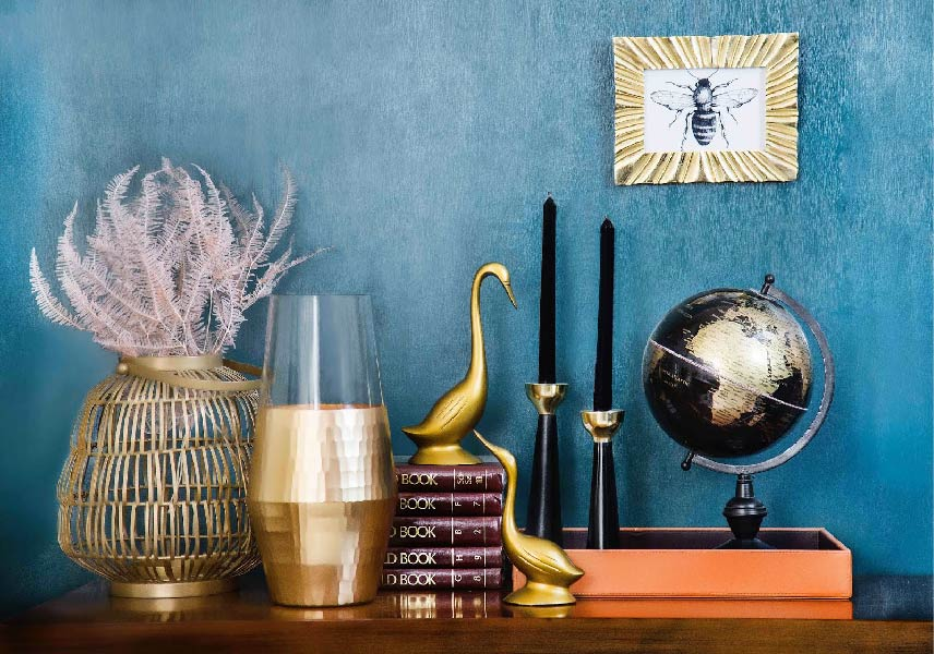 Add Decorative Items To Your Living Room Decor