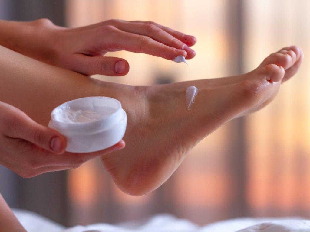 Get Smooth Skin By Applying Foot Scrub