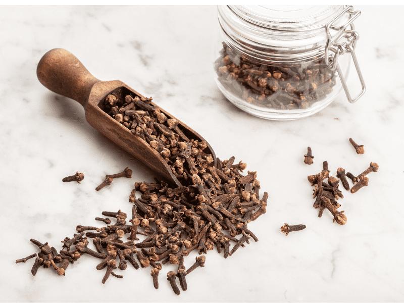 Clove Tea To Fight Bad Breath