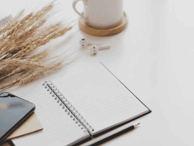 Work Desk Decor For Freelancers