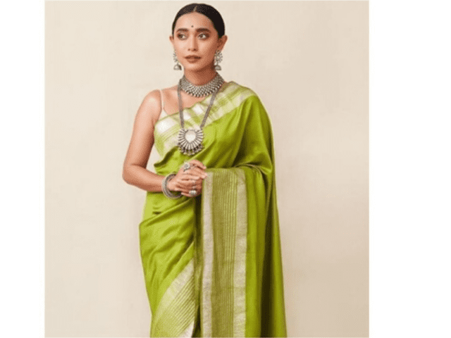 Pair Kanchipuram Saree With Long Necklace And Choker