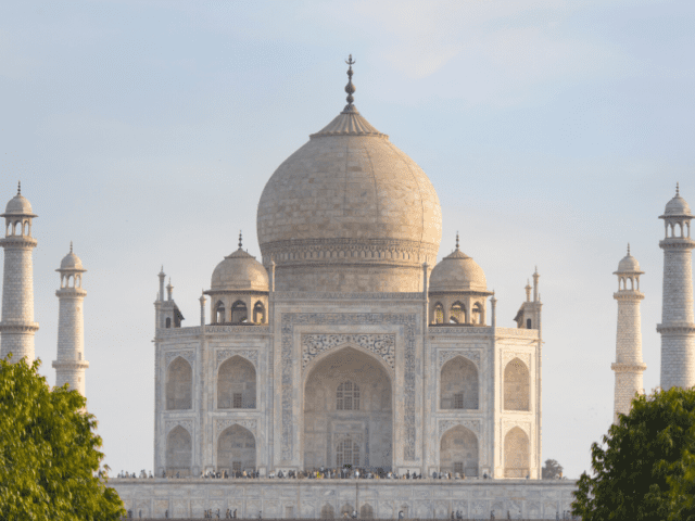 Experience Serene Natural Beauty At Babymoon Trip To Agra