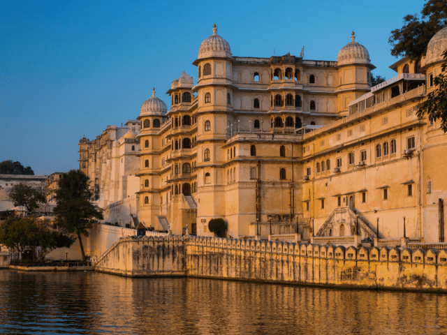 Take Your Exotic Babymoon Trip To Udaipur