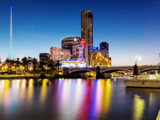 Take Your Babymoon Trip To Colourful City Melbourne, Australia