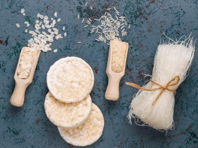 Rice Flour/Oats Scrub To Soften Cracked Heels