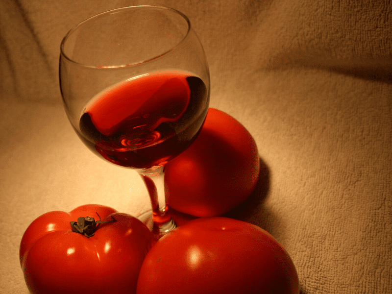 Tomato And Red Wine For Skin