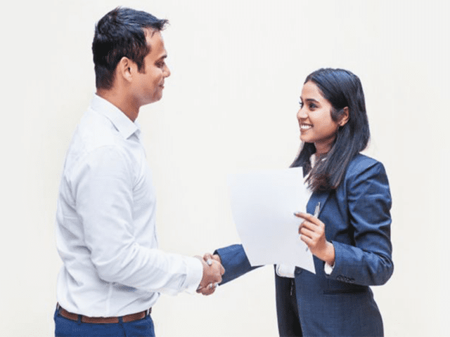 Offer Two Way Dialogue While Negotiating Salary