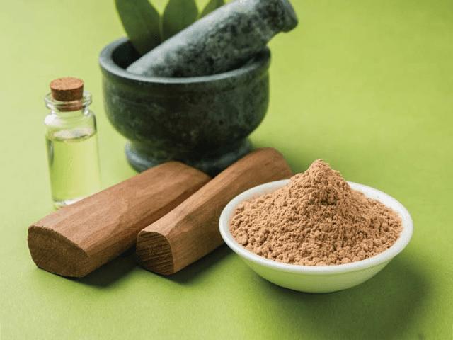 Get Rid Of Dark Underarms By Applying Sandalwood Paste