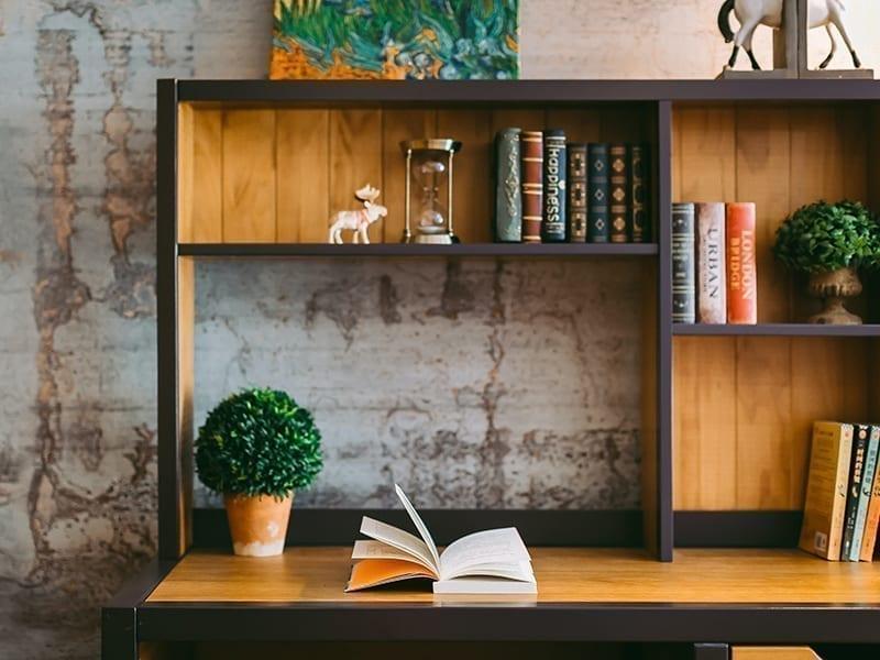 Multi-Layered Bookshelf